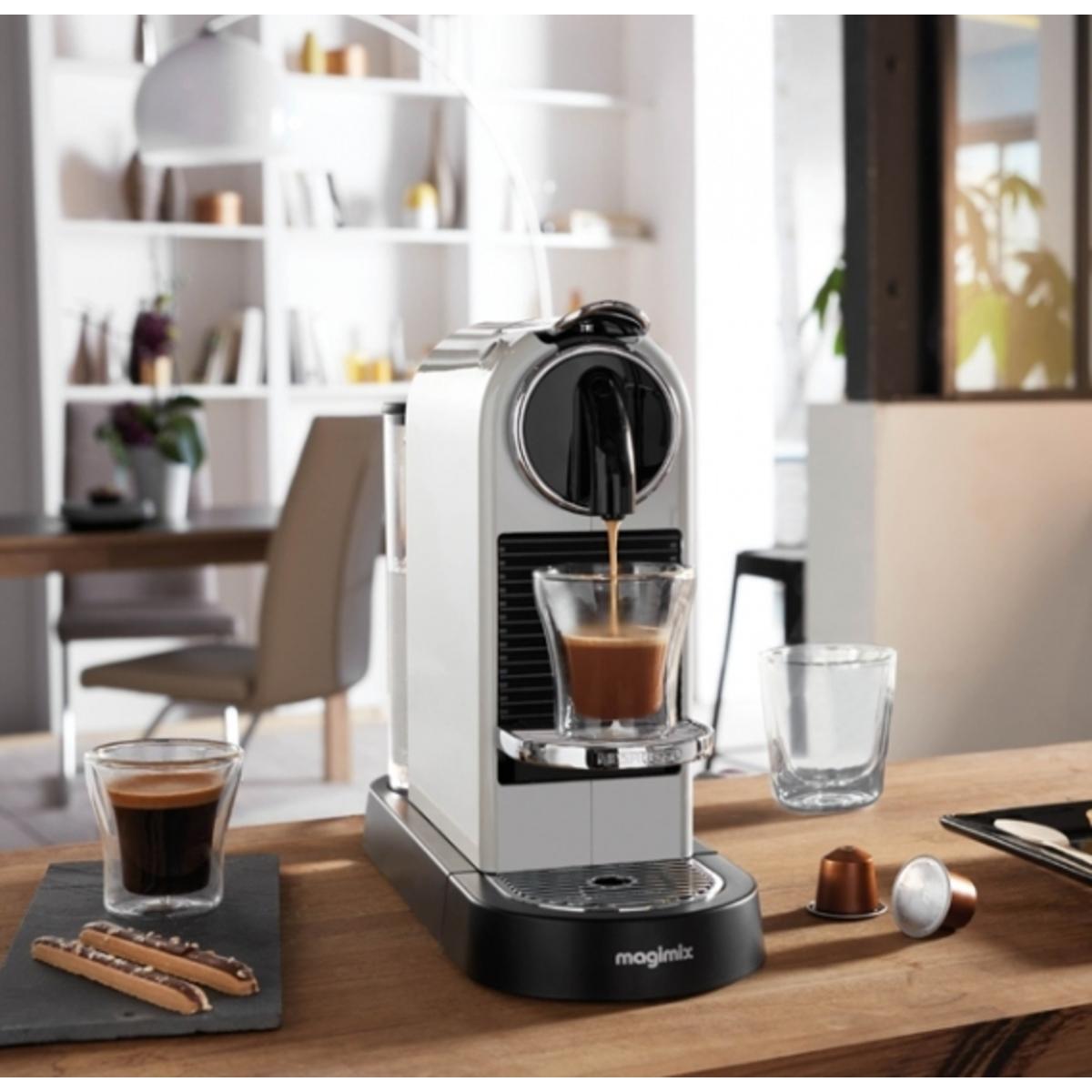 Magimix 11314 WHITE Nespresso CITIZ Coffee Machine in White